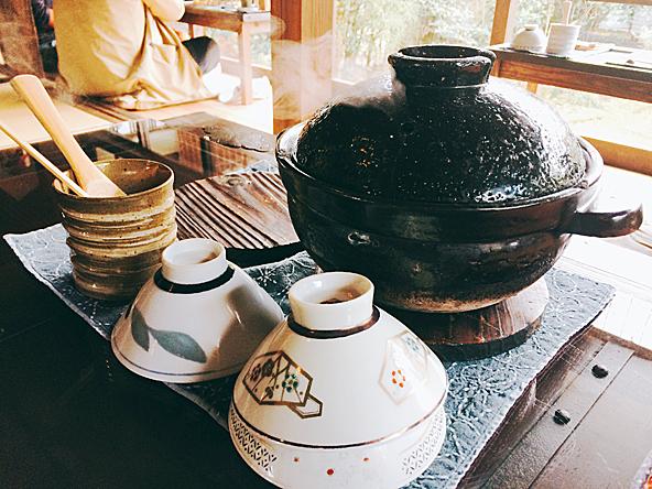 指宿今和泉の古民家「梅里」土鍋ごはん